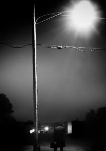 man-streetlamp-charlie-simms
