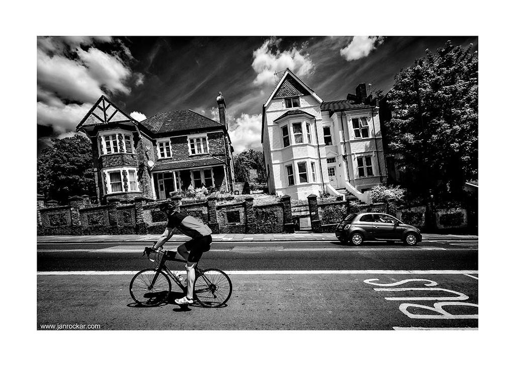 uphill_by_Jan Rockar