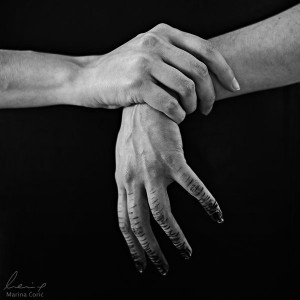 ruke-d78azof